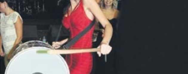 Yılın magazin skandalında bir şok fotoğraf daha!