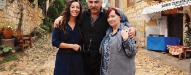 Erdal Özyağcılar'ın kızı Zeynep yeni projesiyle karşınızda!