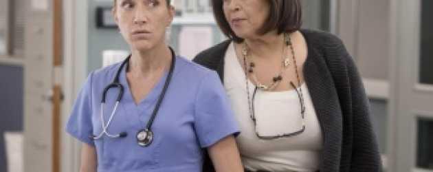 Nurse Jackie için erken karar! Tamam mı devam mı?