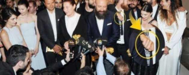 Şehzade Mustafa 'Mehmet Günsür'den şok hareket!
