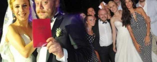 Ulan İstanbul'un Hayati'si senaristle evlendi!
