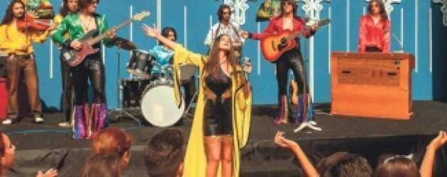 Farah Zeynep Abdullah'tan Kenan Doğulu şarkıları!