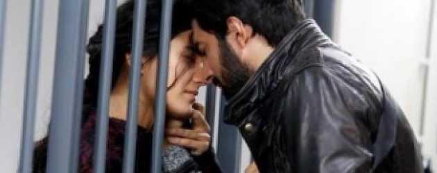 Kara Para Aşk'ta Ömer'in canı tehlikede!