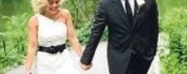 Vatan Şaşmaz evlendi.