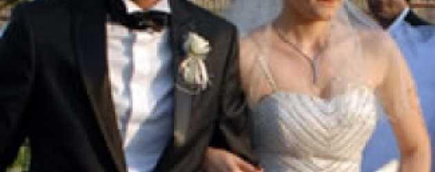 Abdülhey eşinden düğün masraflarını geri istedi!