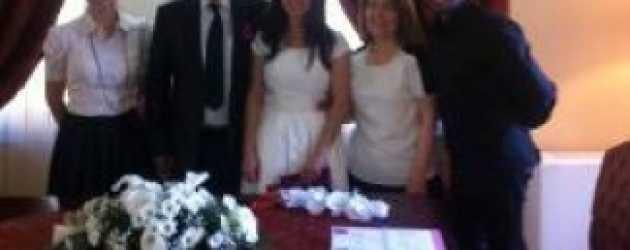 Firar dizisinin güzel oyuncusu evlendi!