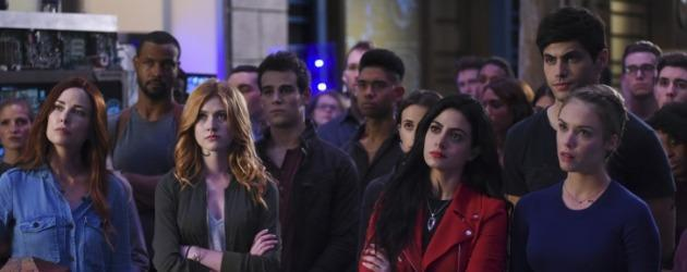Shadowhunters 2. sezona The Vampire Diaries'tan konuk! 2. sezon fragmanı yayında!
