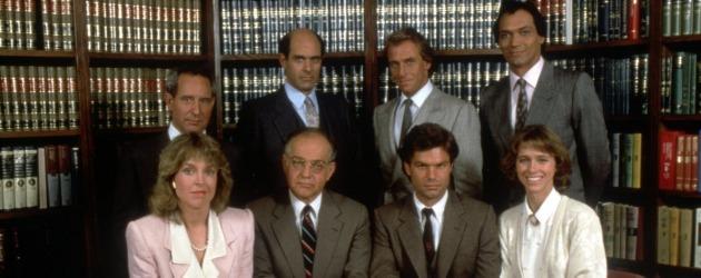 L.A. Law dizisinin yeniden çevrimi biraz gecikecek!