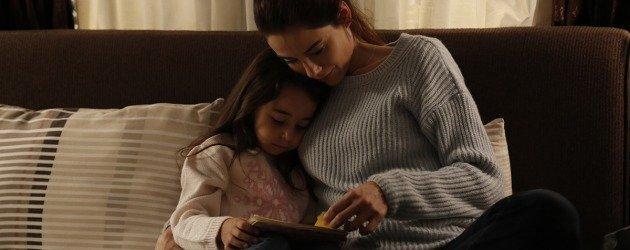 Cansu Dere Anne dizisinin bu sezon biteceğini açıkladı