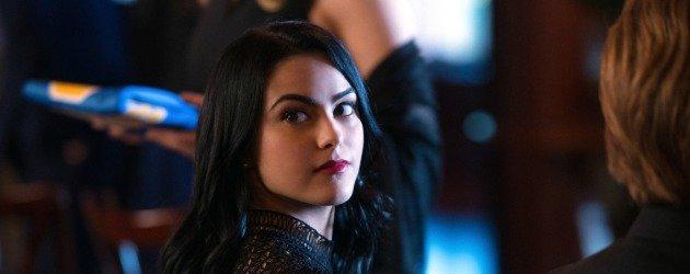 Riverdale'de Veronica'nın babasıyla tanışın!
