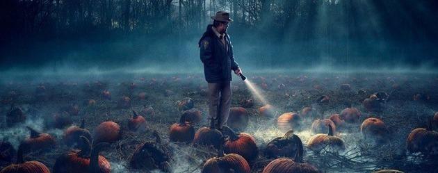 Stranger Things'in yeni posteri Cadılar Bayramı'nın yaklaştığının habercisi!