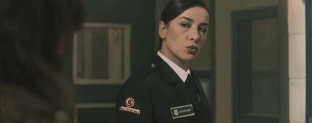 Avlu dizisi Özlem Balaban kimdir?