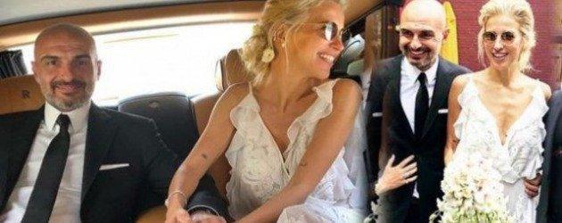 Burcu Esmersoy evlendi! New York nikahının fotoğrafları haberimizde!
