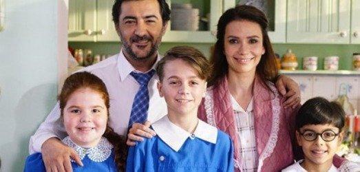 Bir Aile Hikayesi'nde Berk'in tüm halleri bir karede!