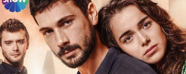 Deniz Can Aktaş'ın başrolünde yer aldığı Aşk Ağlatır'ın afişi yayınlandı!