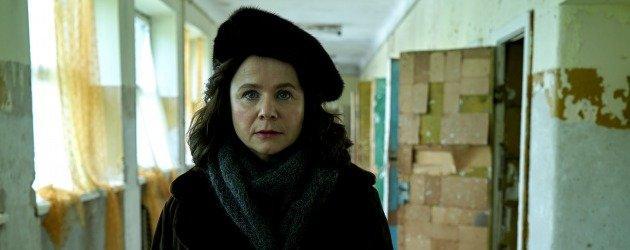 Chernobyl yıldızı Emily Watson yeni dizi Too Close ile geliyor! Too Close nasıl bir dizi?
