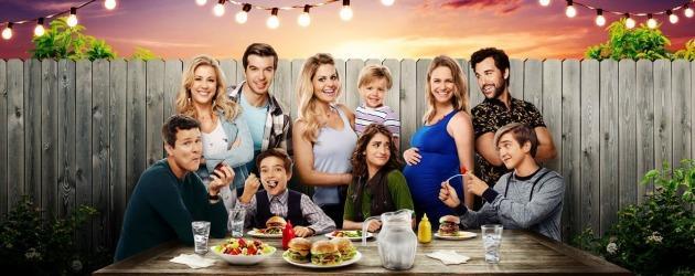 Netflix komedisi Fuller House final sezonu çekimleri bitti! Setten kareler paylaşıldı!