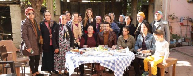 Ramo dizisinin başrolü Murat Yıldırım Adanalı kadınlarla bir araya geldi!