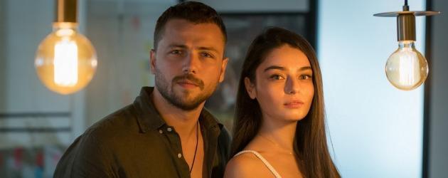 Tolga Sarıtaş ve Ayça Ayşin Turan Arıza dizisi için bir araya geldi!