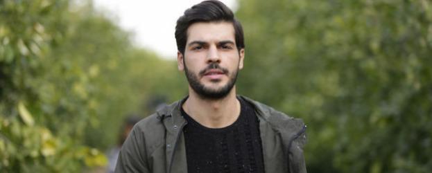 Sol Yanım'ın baş karakteri Selim'i canlandıran Tolga Mendi dizi hakkında konuştu!