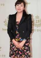 Hyo-eun Hwang
