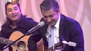 Erkan Petekkaya Şarkı Söylerse