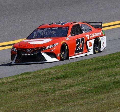 Netflix, NASCAR'ın gündemdeki takımı ve sürücüsünün belgeselini yapıyor!