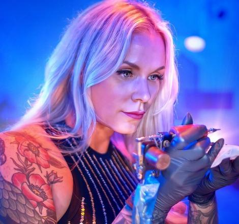 Netflix dizisi Tattoo Redo dövme tutkunlarına hitap ediyor!