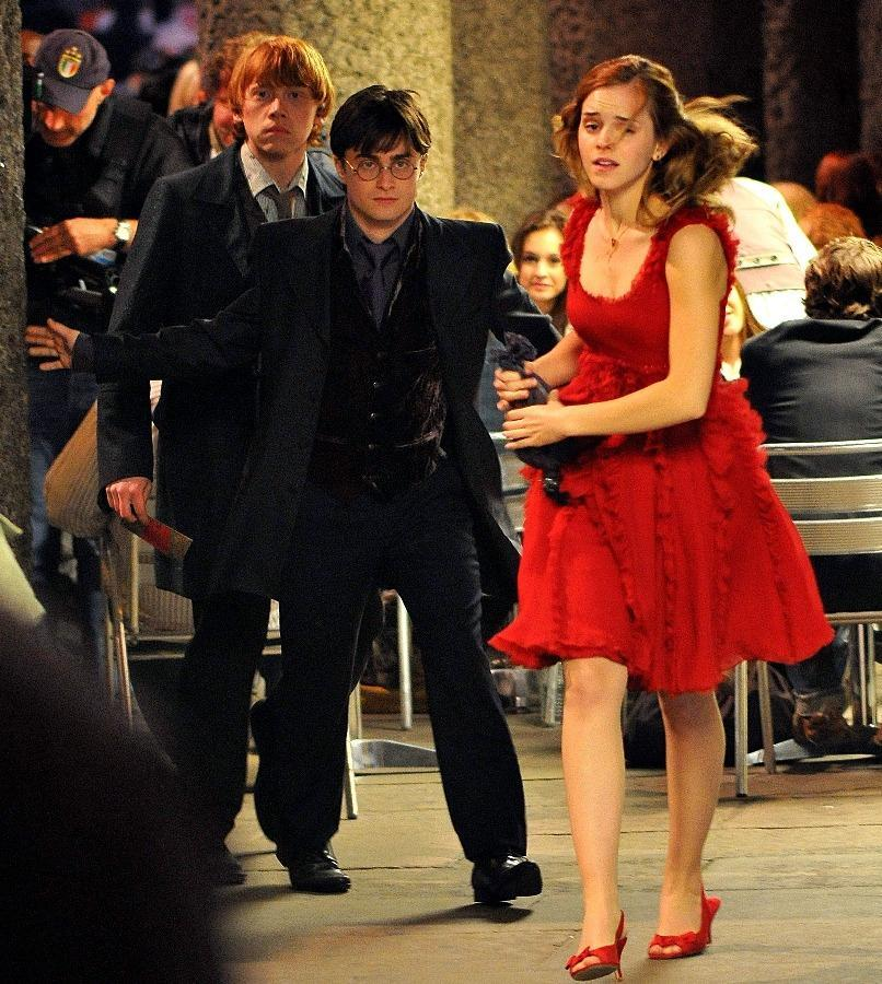 16-08/23/4-hermione.jpg