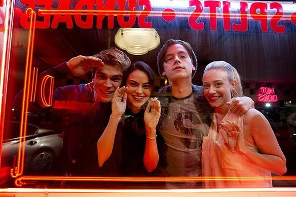 16-11/29/riverdale-season-1-4.jpg