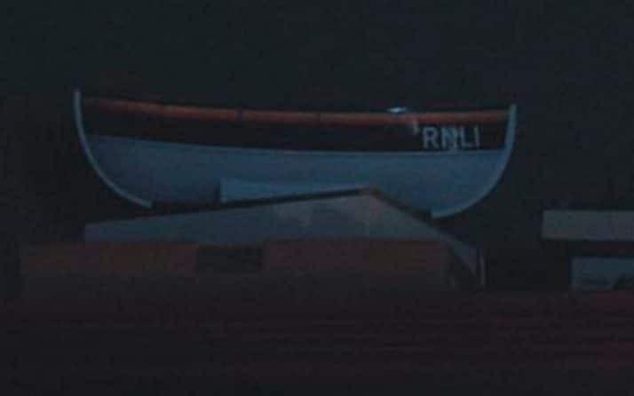 16-12/01/sherlock-boat-xlarge_trans-0gtqhyskmlcfggjqmt8npueryjz6zrpnx5pqwch2pqe.jpg