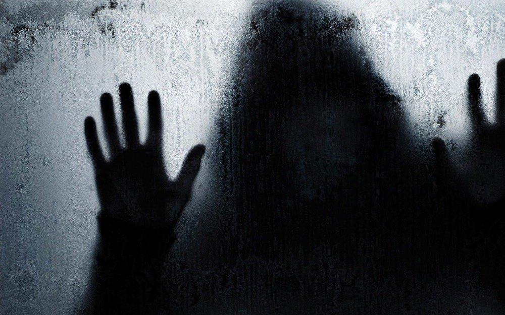 17-04/10/nightmares-dizisi.jpg