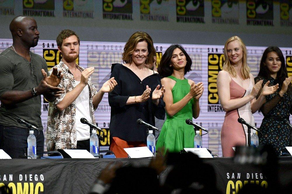 17-07/22/the-defenders-comic-con.jpg