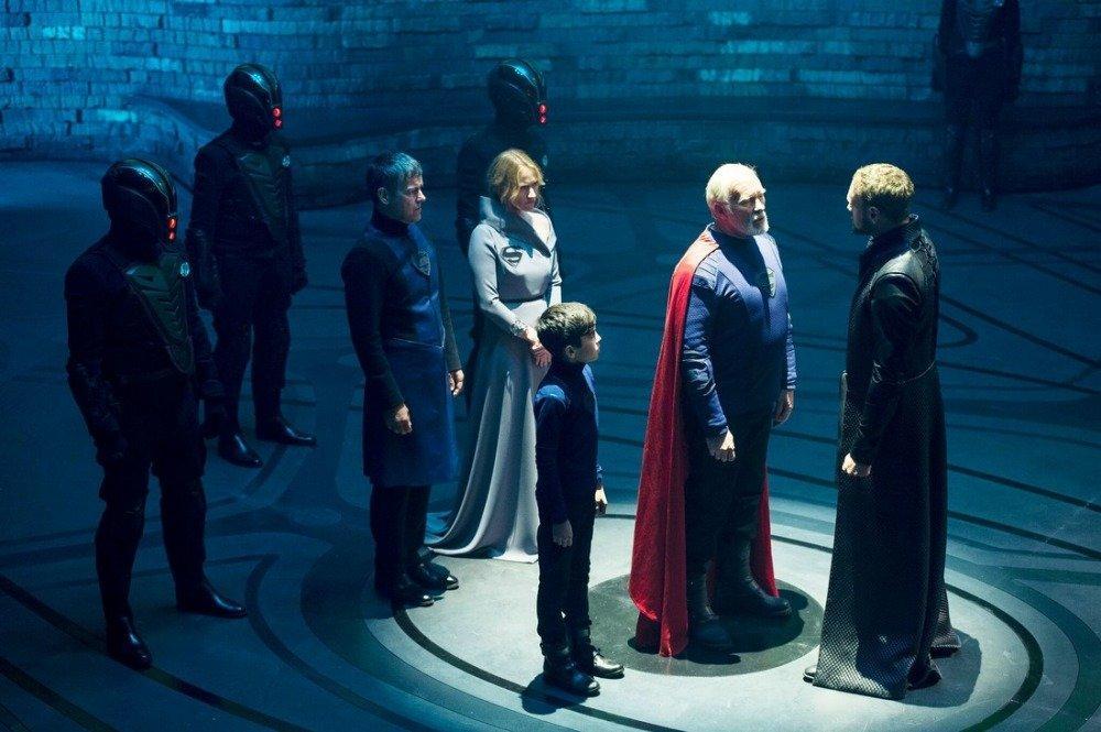 18-01/01/krypton-dizisi-foto.jpeg