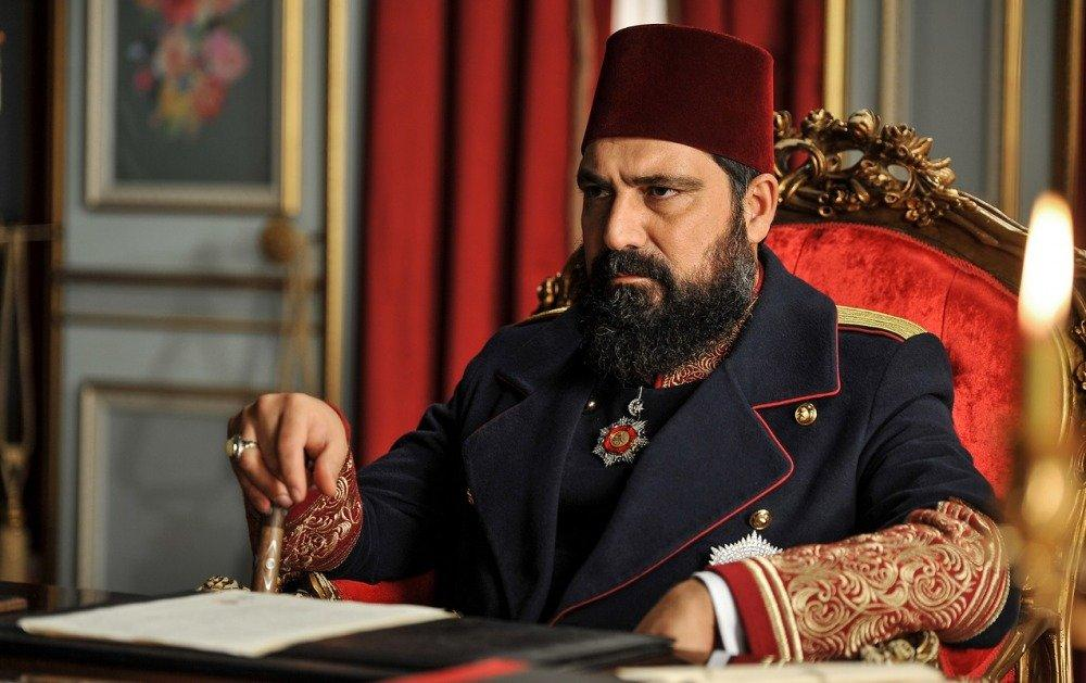 18-11/28/sultan-abdulhamid-han-bulent-inal-2.jpg
