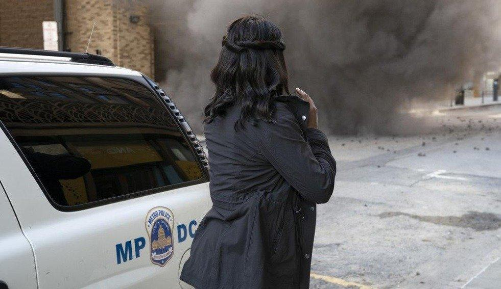19-03/27/the-enemy-within-1x06-foto7.jpg