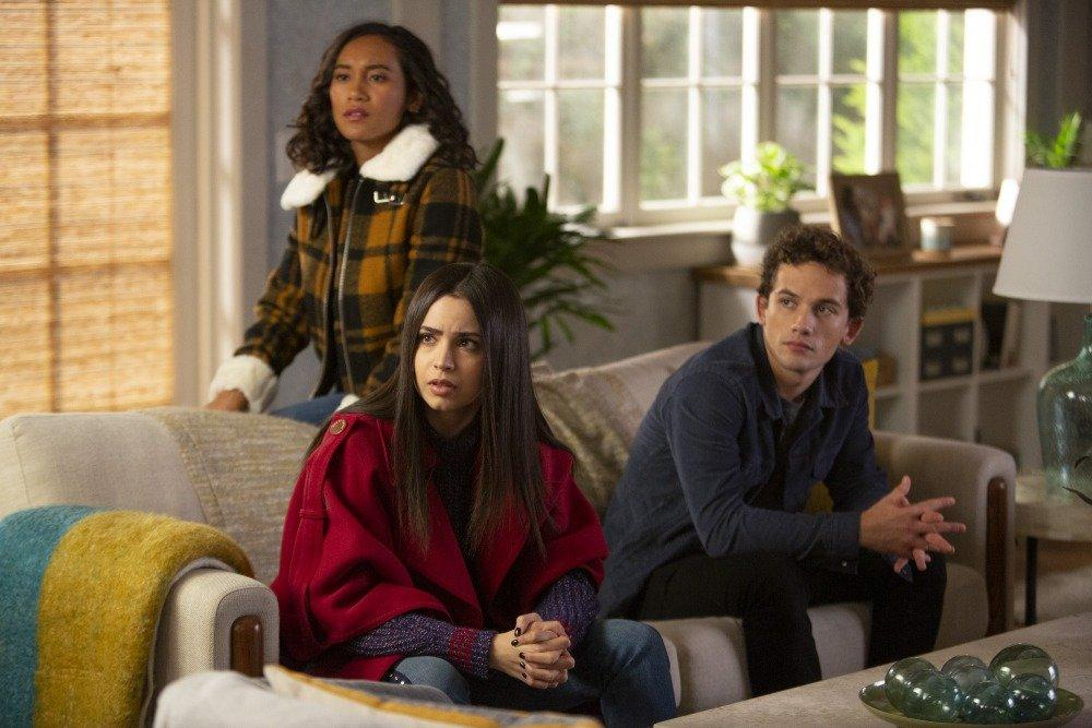 19-04/07/the-perfectionists-1x04-foto7.jpg