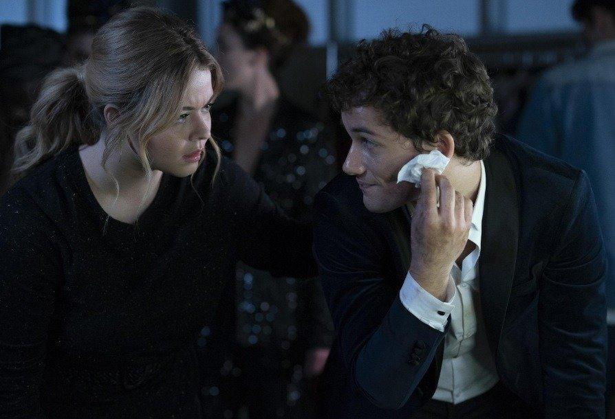 19-04/24/the-perfectionists-1x06-foto2.jpg