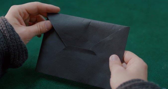 19-04/26/ukur-siyah-zarf.jpg