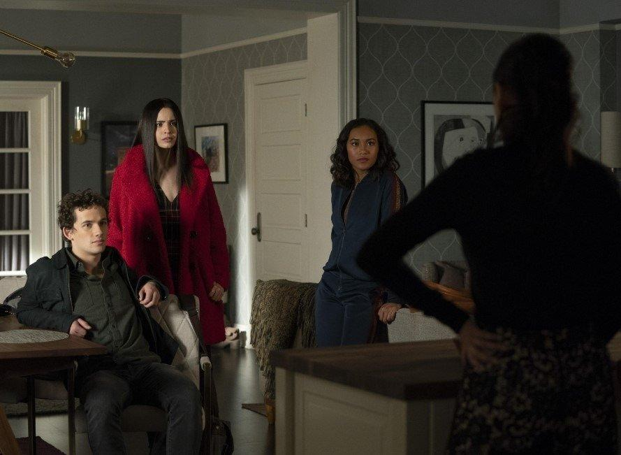 19-04/30/pll-the-perfectionists-1x07-foto4-1556634261.jpg