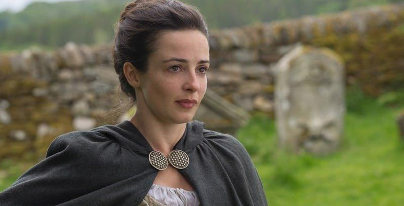 19-05/07/laura-donnelly-on-outlander.jpg