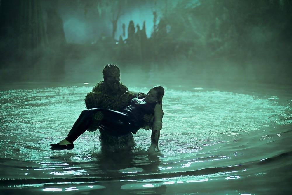 19-06/27/swamp-thing-1x05-foto6-1561642359.jpg