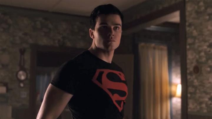 19-08/07/superboy.png