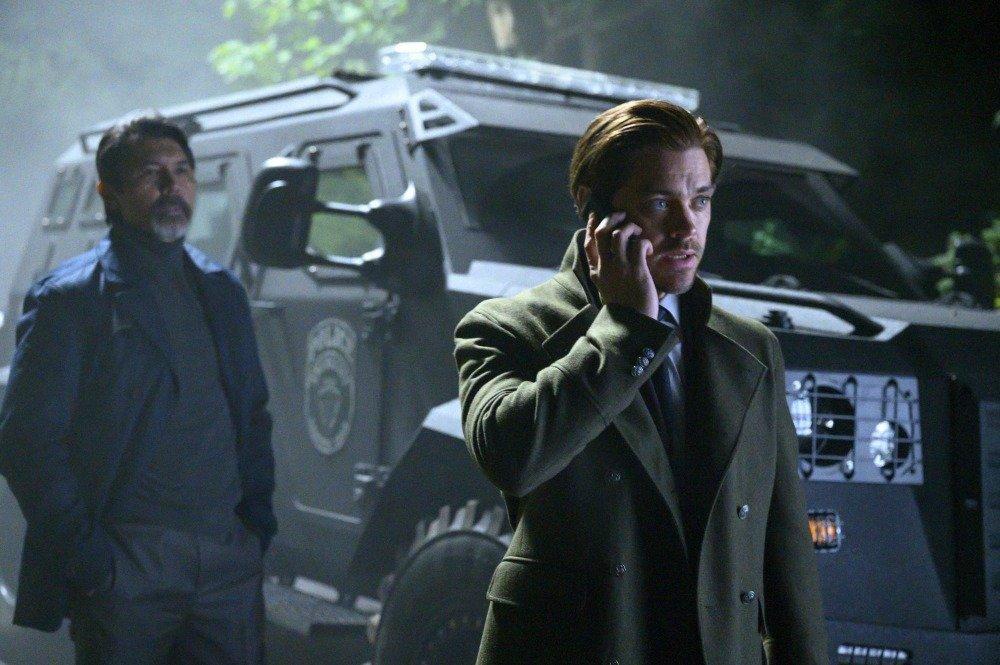 19-11/12/prodigal-son-1x08-foto9.jpg