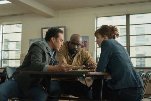 19-12/12/evil-1x10-foto1.jpg