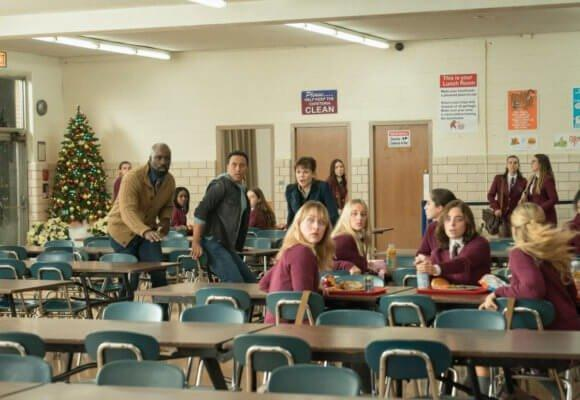19-12/12/evil-1x10-foto3.jpg