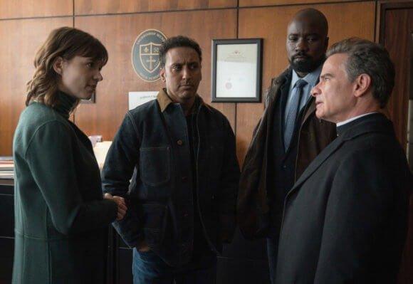 19-12/12/evil-1x10-foto5.jpg