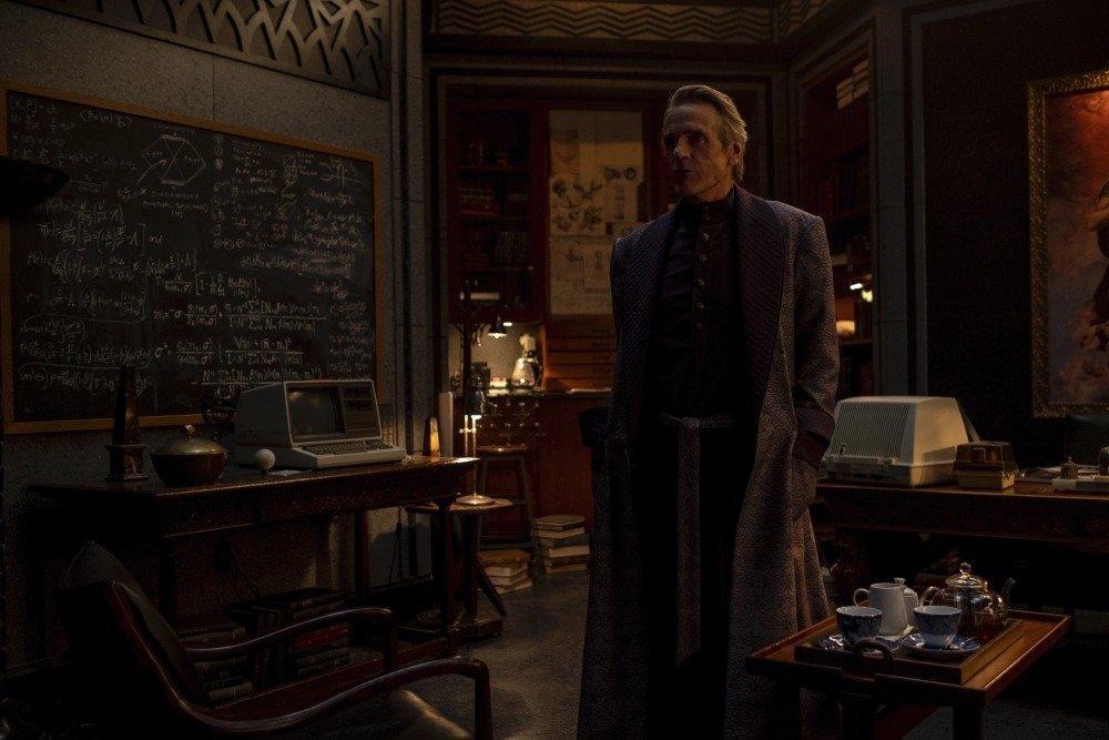 19-12/27/watchmen-1x09-foto2.jpeg