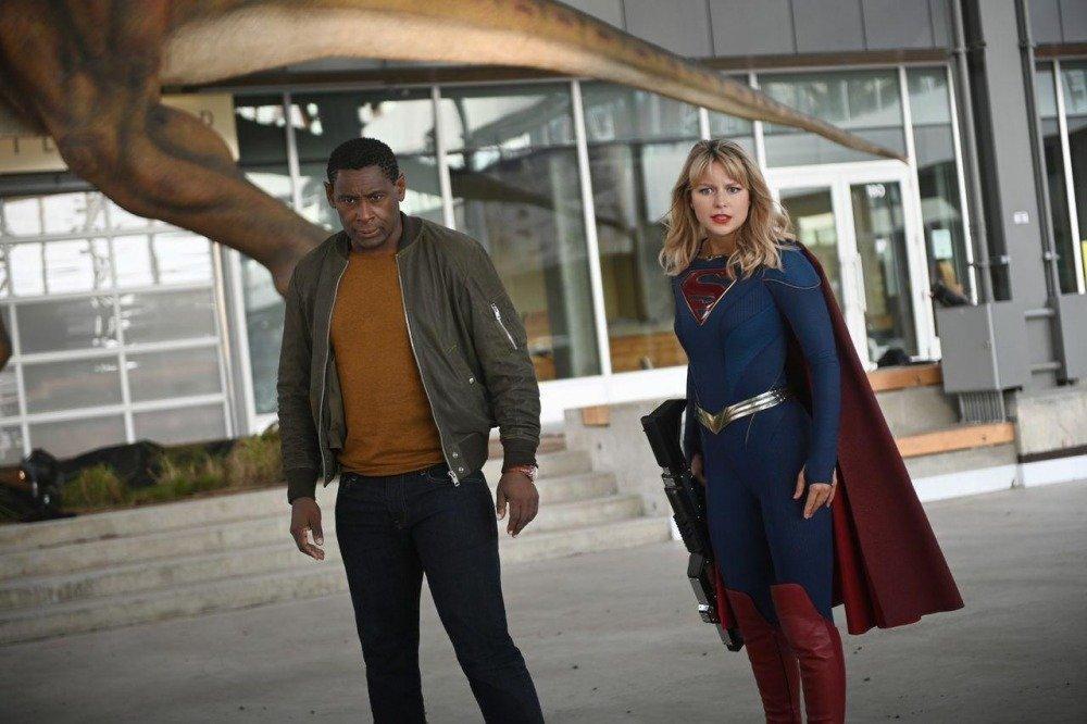 20-01/10/supergirl-6-sezon-onayi.jpg
