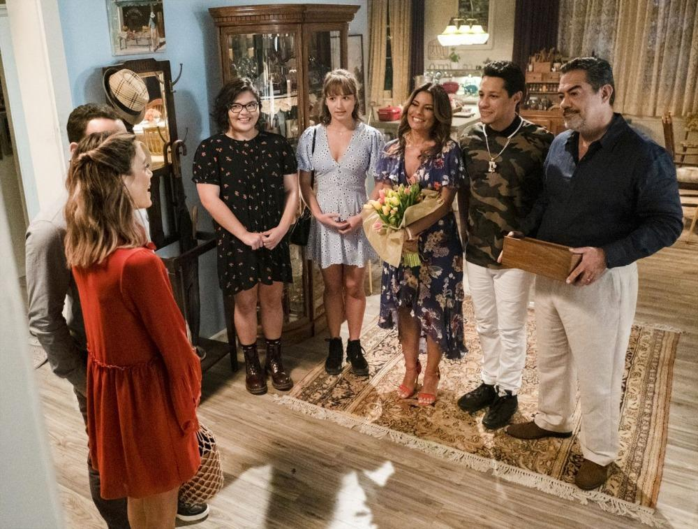 20-05/04/the-baker-and-the-beauty-1x04-foto1.jpg